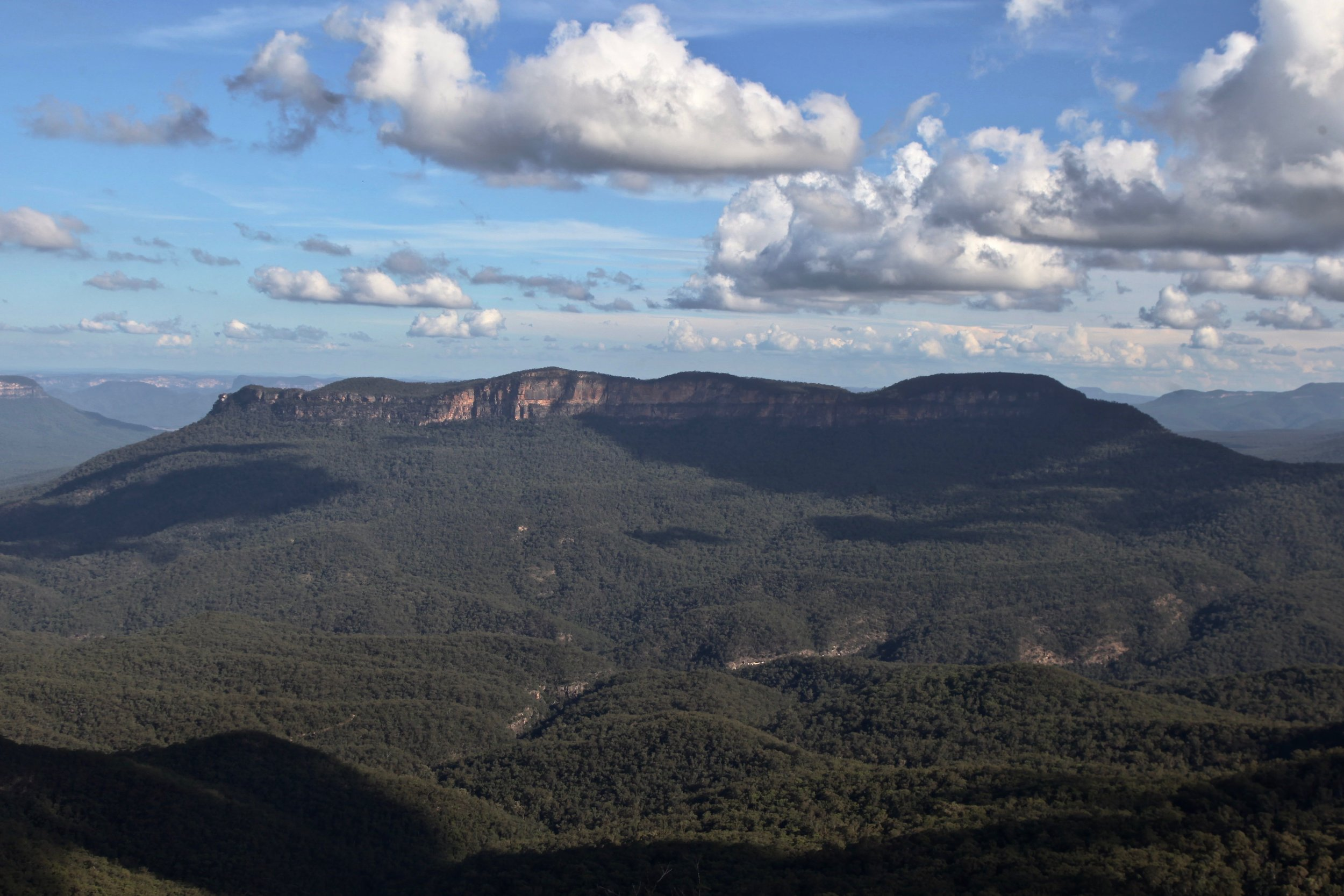 View from Elysian Rock on the Prince Henry Cliff walk in the Blue Mountains.