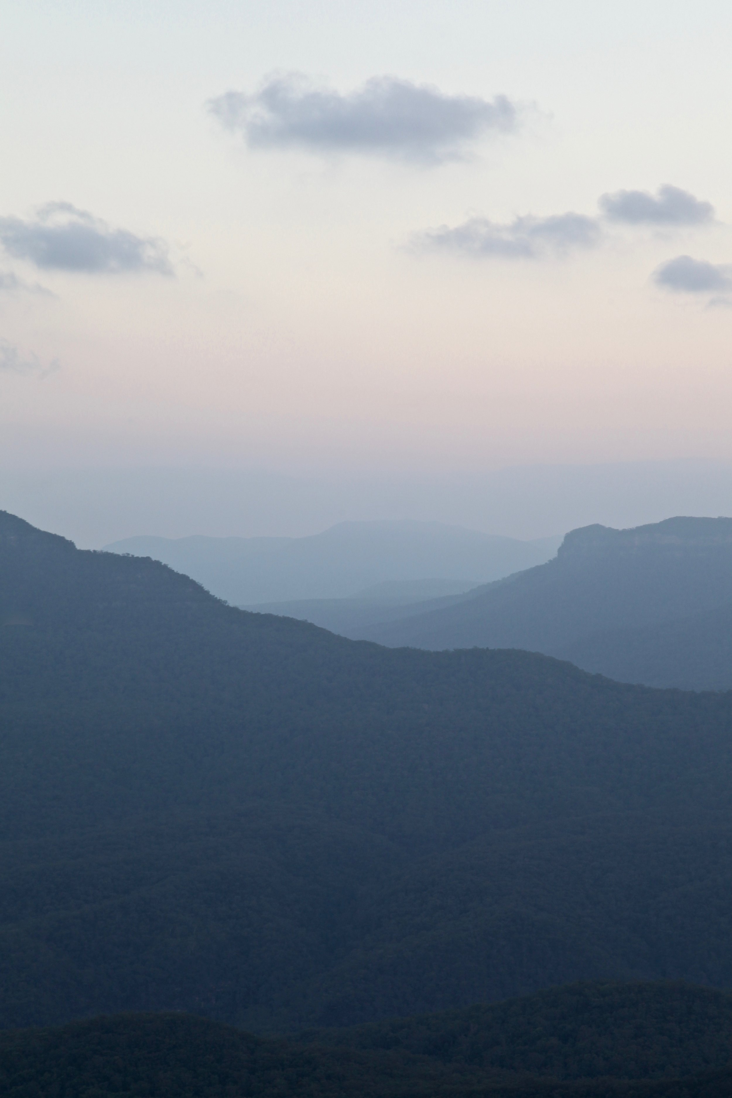 A pastel sunset over the Blue Mountains from Leura.