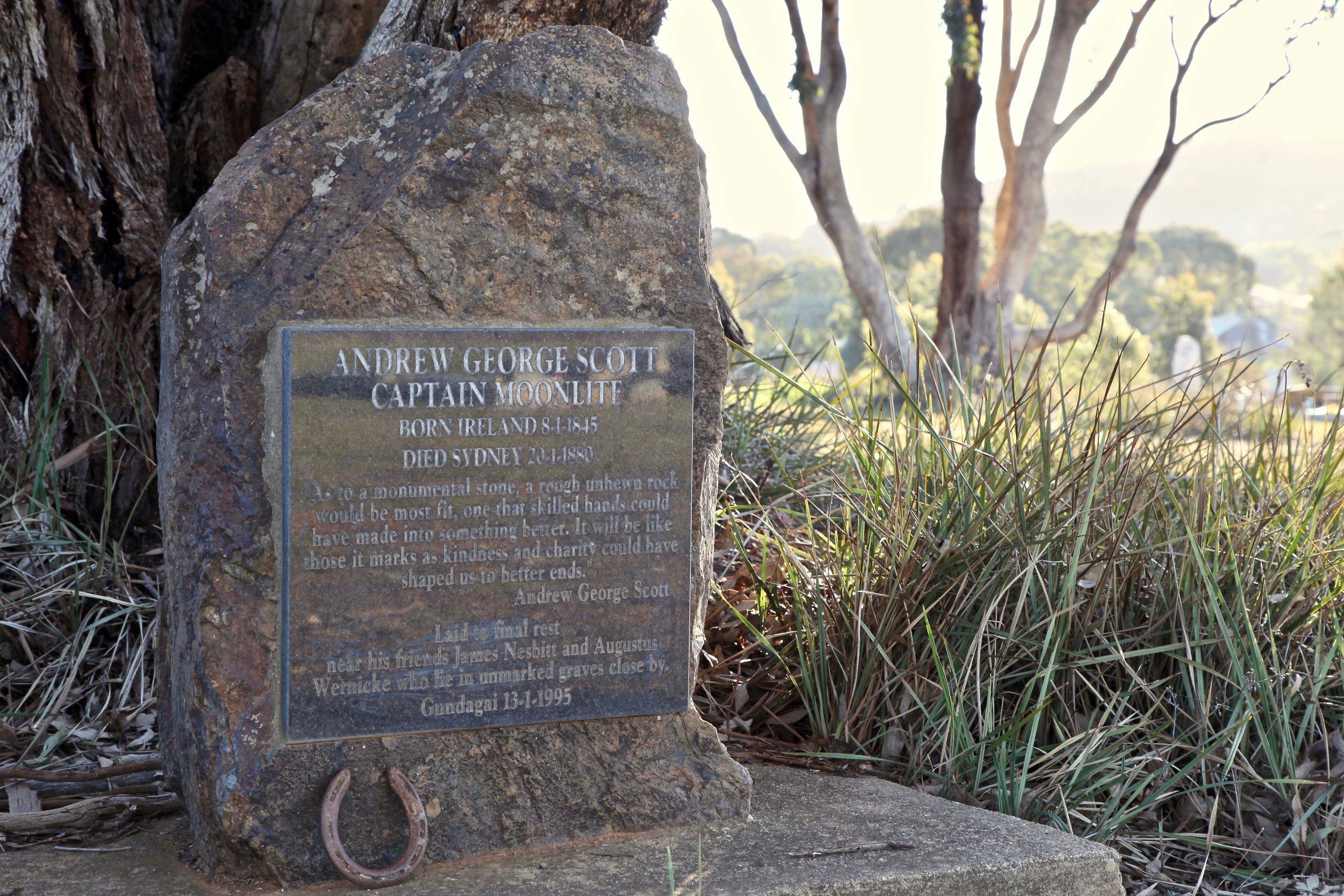 captain-moonlite-grave-gundagai.pg