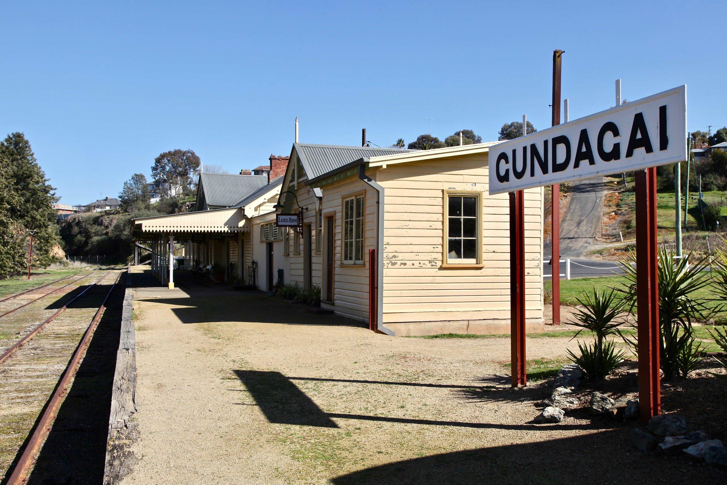 gundagai-railway-station.jpg