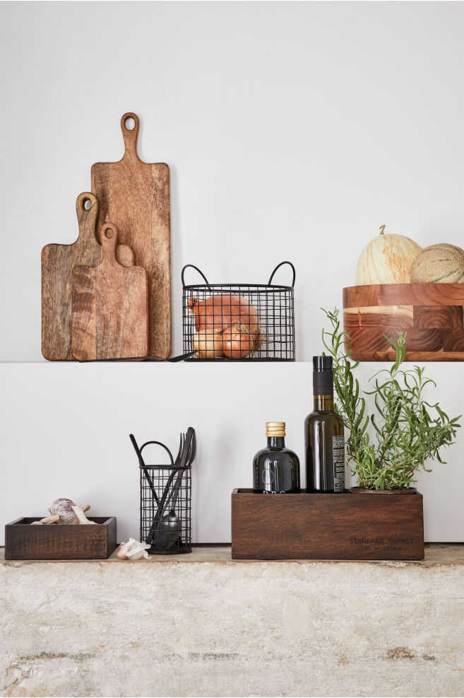 H&M - Wooden chopping board