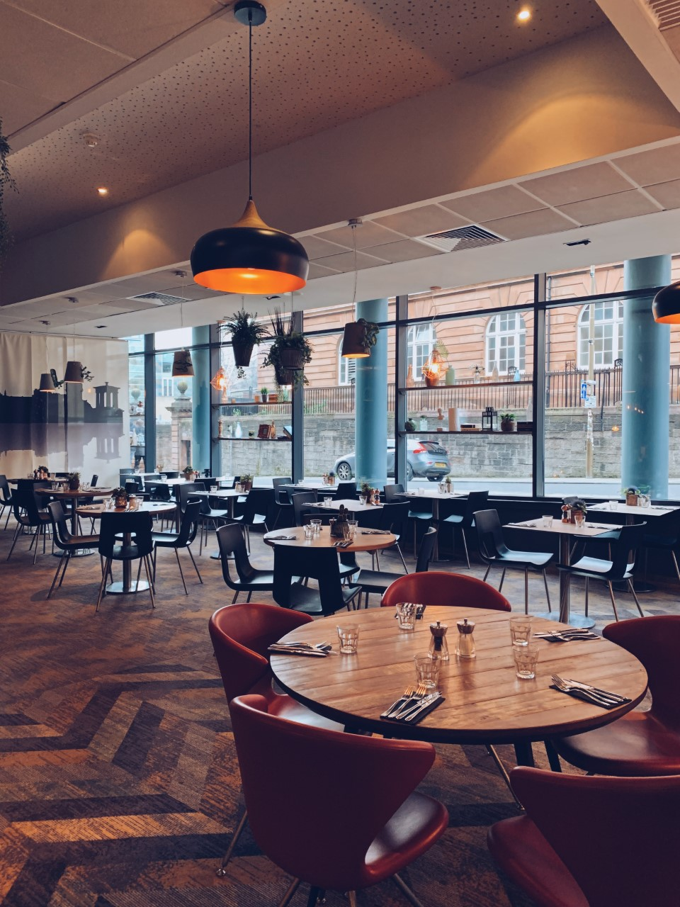 Novotel Edinburgh restaurant