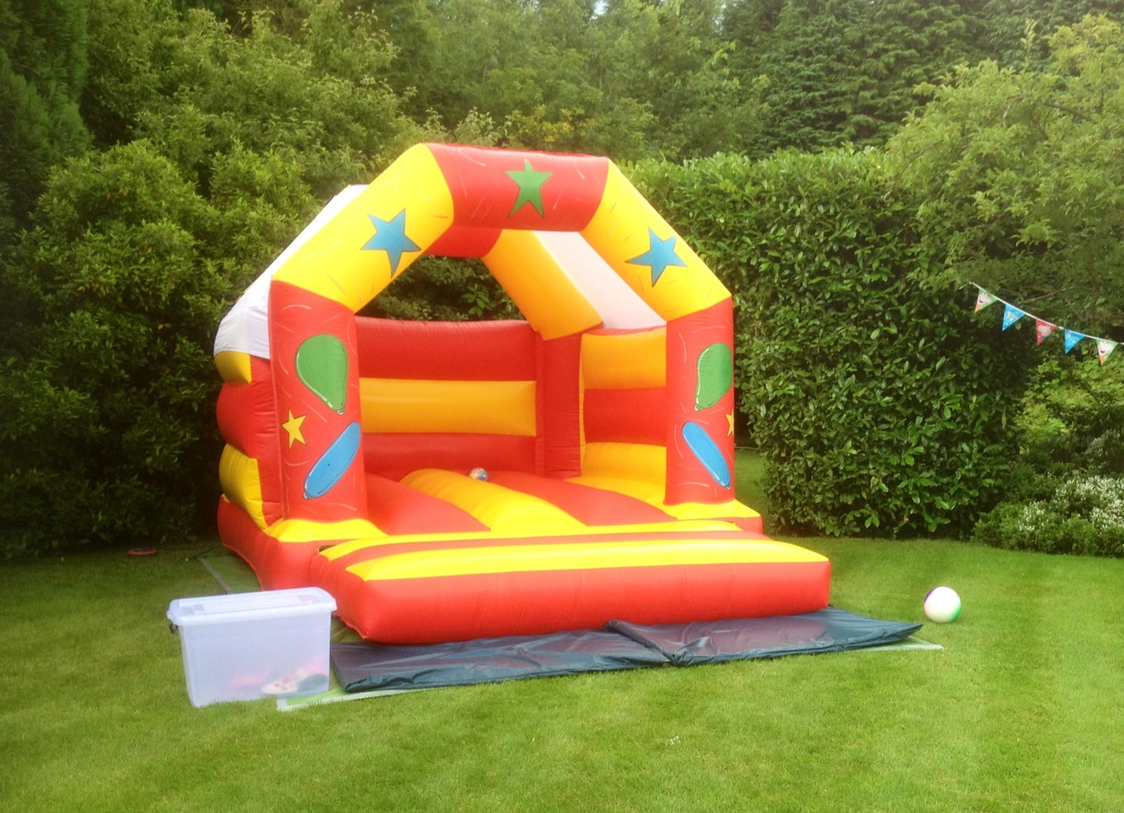 Soft Play & Bouncy Castle Hire   Ideal for children's birthday parties, weddings, christenings, NCT gatherings or any event where you want to entertain little ones
