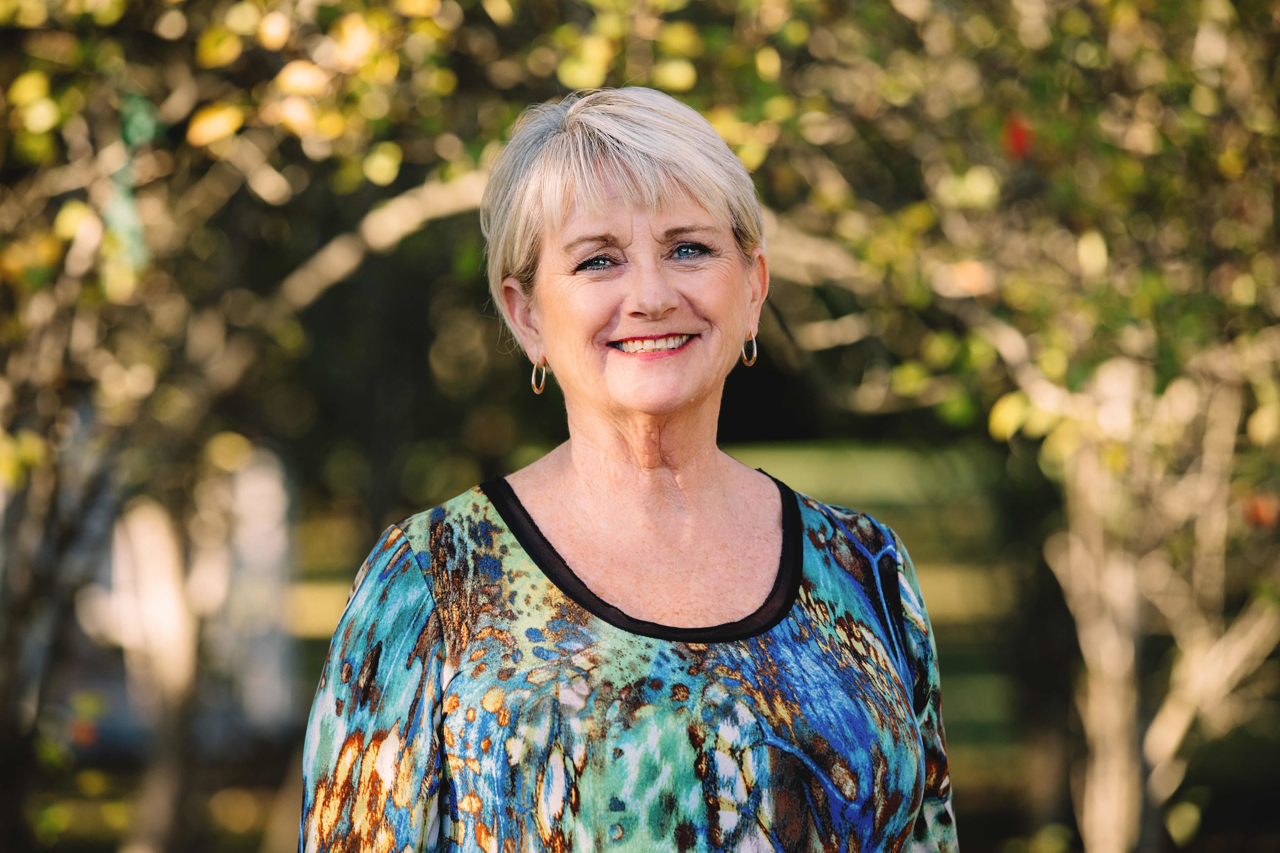 Debbie White - White House Company, LLC is a full service real estate brokerage established in 1992. Debbie White, broker, has been in the real estate business since 1985 and holds the professional designations of CRB, CRS, E-Pro, GRI. Call us for all your real estate needs!