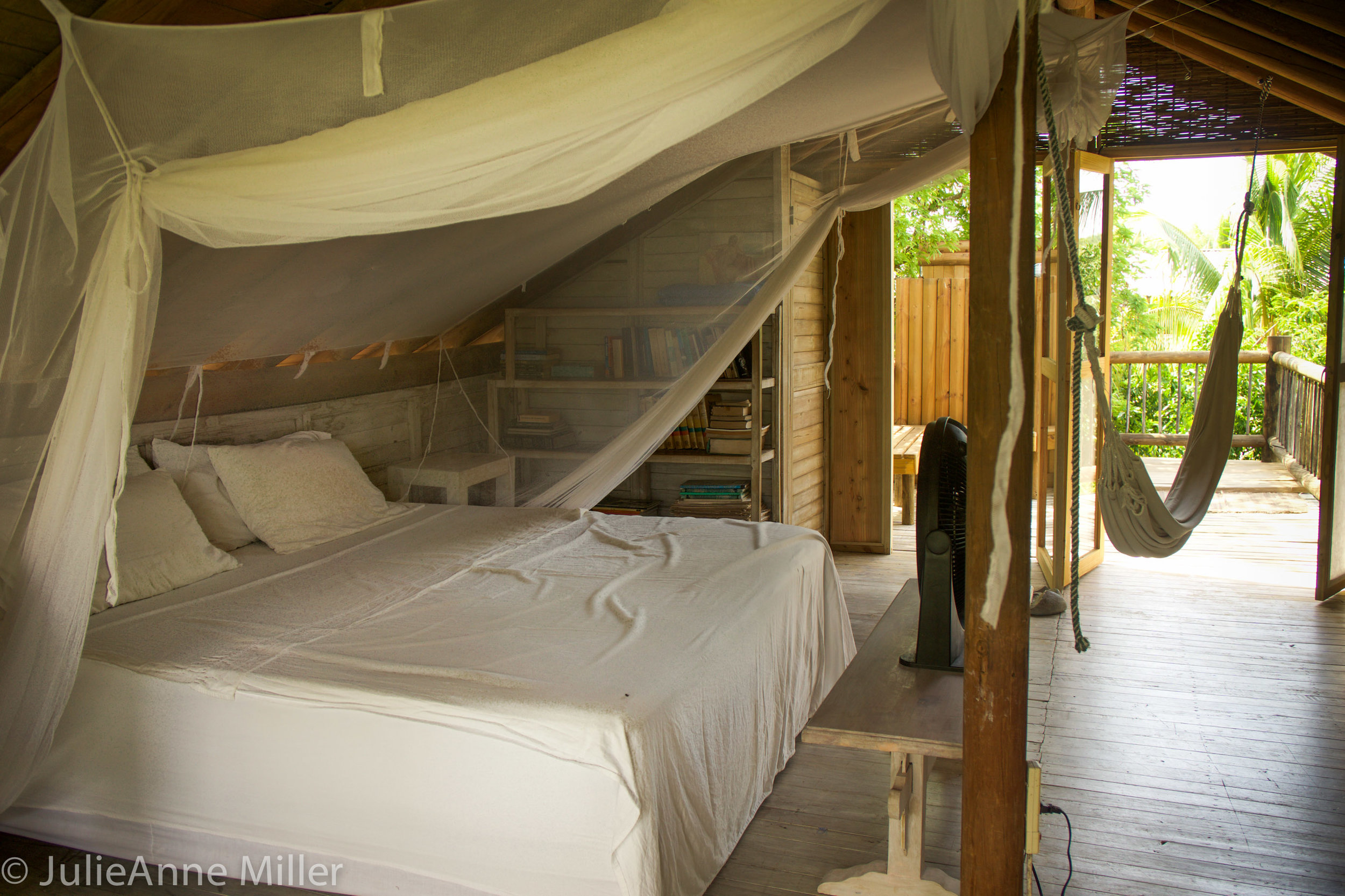 hotel maglares bed.jpg