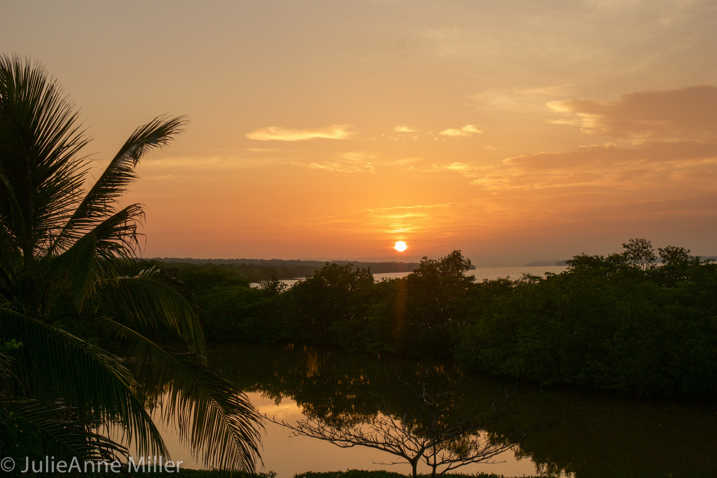 hotel maglares sunrise.jpg