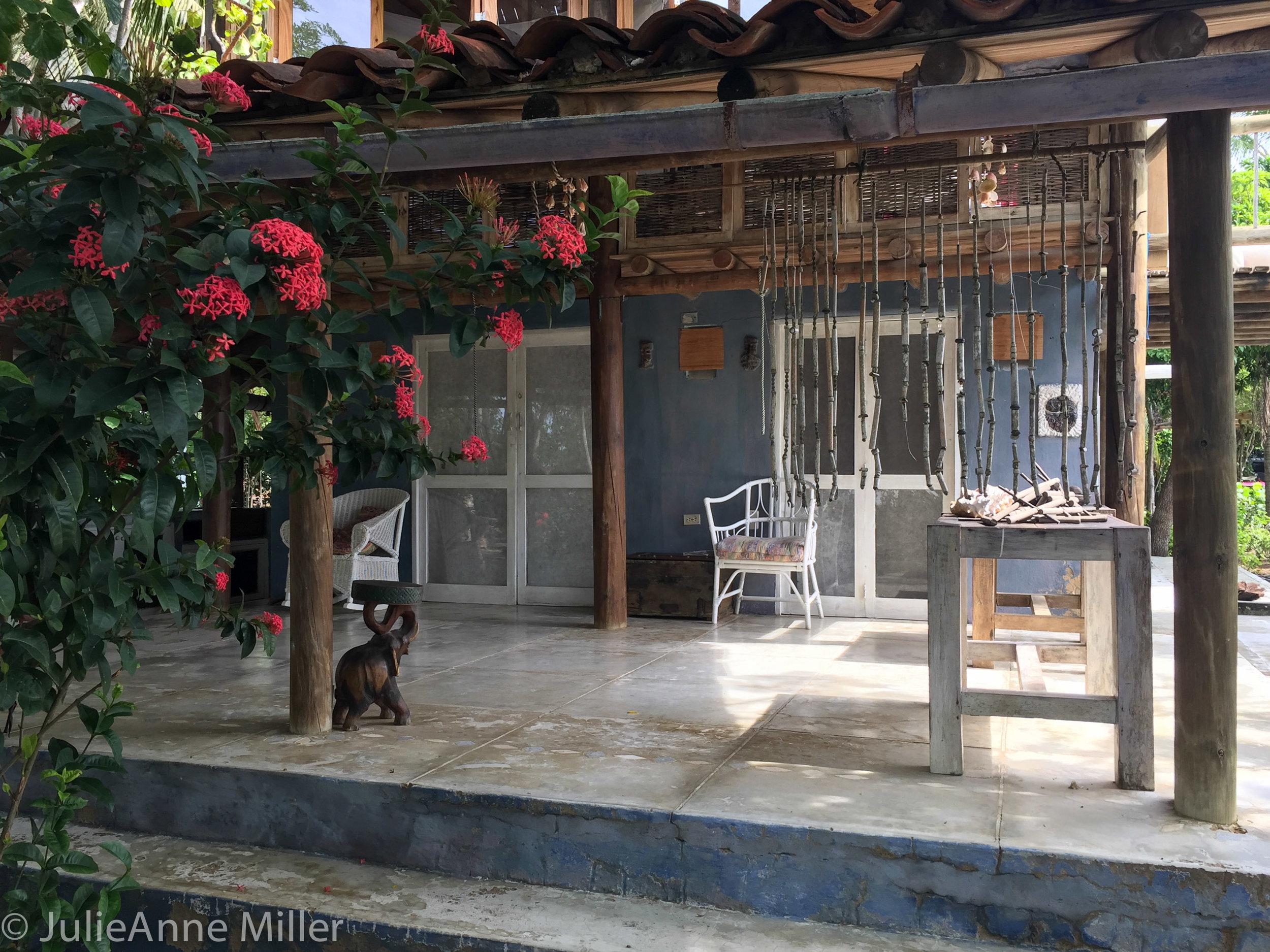 hotel manglares common area.jpg