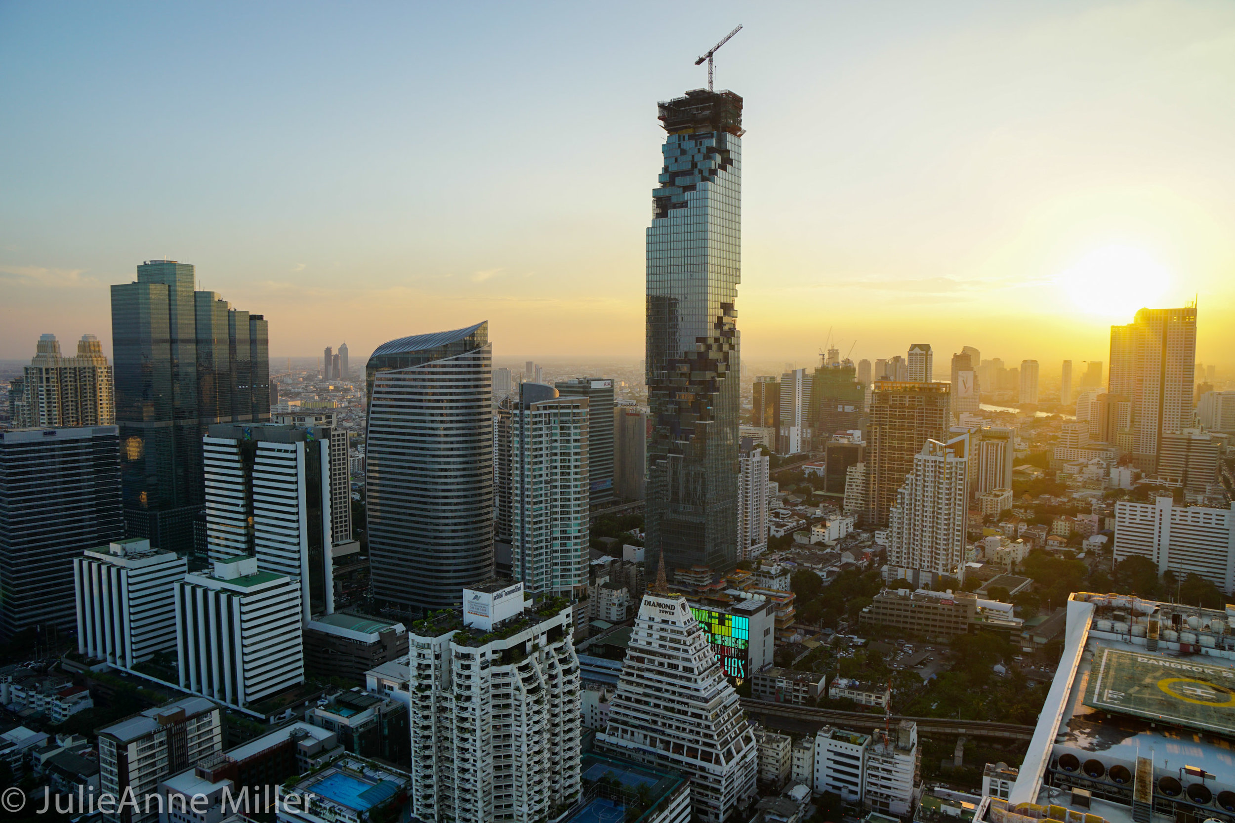 bangkok skyline 4.jpg