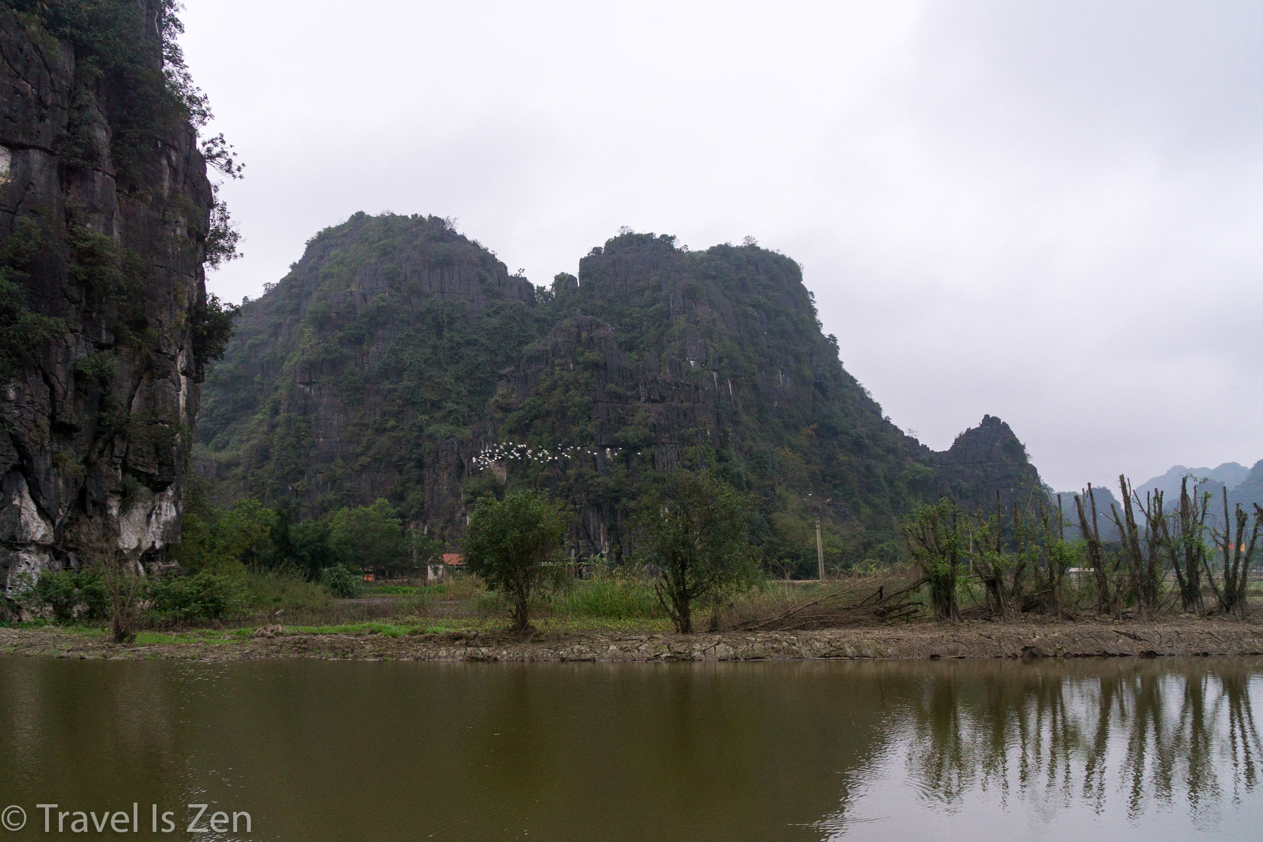 Tam Coc Ninh Binh Vietnam-47.jpg