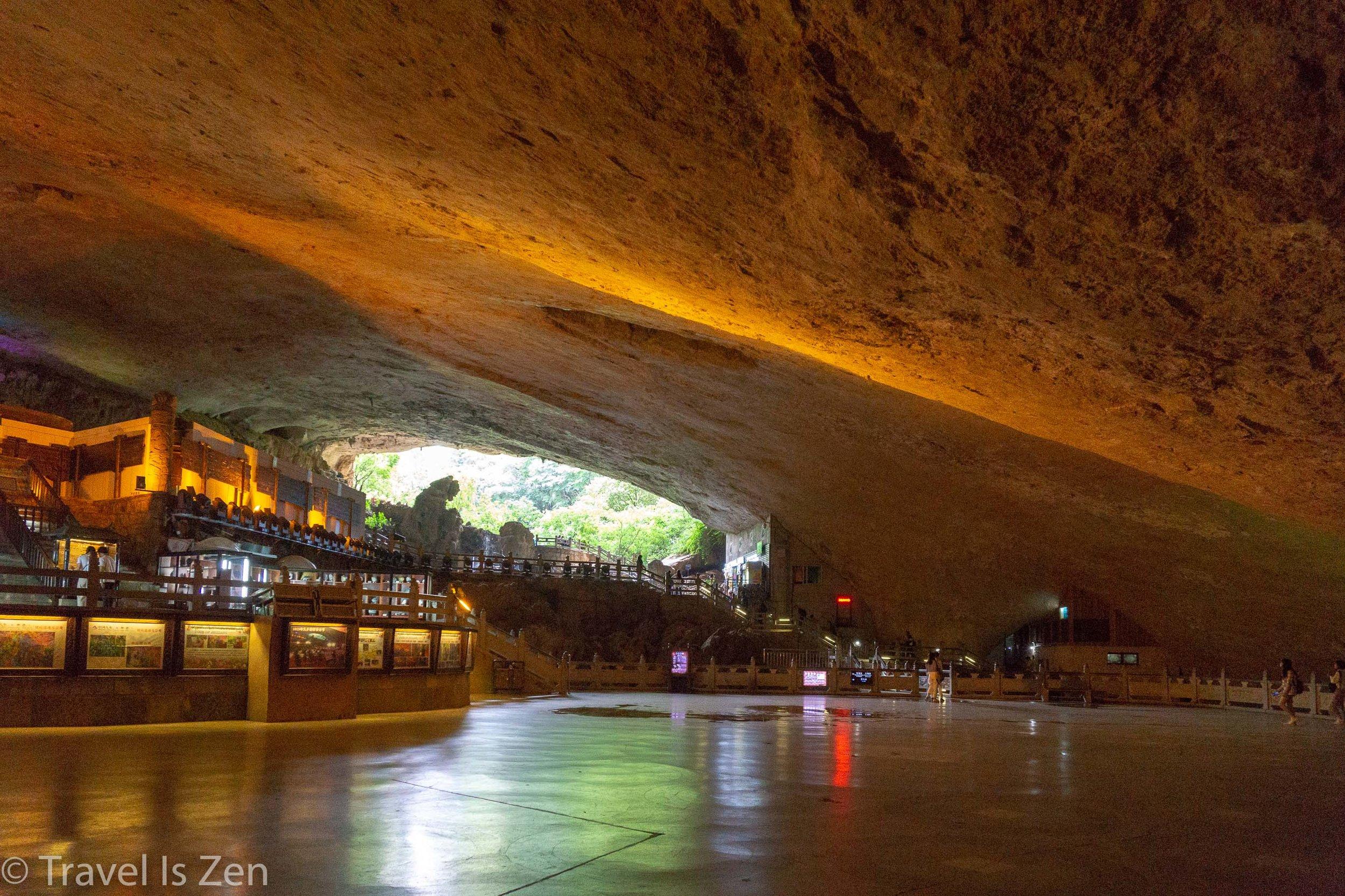 Jiuxiang Cave-8.jpg