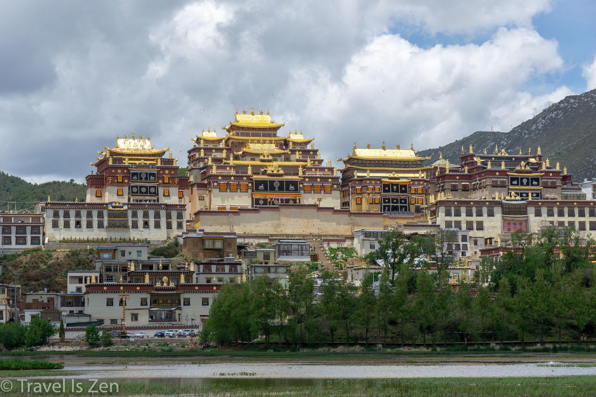 Ganden Sumtsenling Monastery
