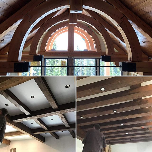 Always looking up! Ceilings provide us with the opportunity to create something really special. The truss design on this project evolved into this gorgeous curve-it softens the steel bracing. I am in love with the steel elements ! (Surprise surprise). #luxerychaletdesign #trussdesign #lindatrenholmdesign #bigwhitedesigner #bigwhitedesign