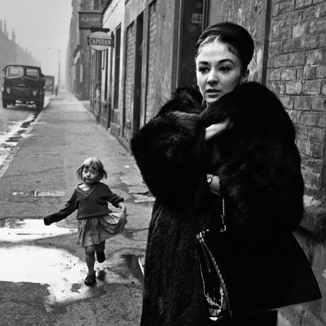 The beautiful and the damned. Photographer Colin Jones's latest exhibition is a retrospective of his work curated by Lucy Bell @lucybellgallery A favourite from the show - this striking portrait of Elizabeth Anderson taken in Glasgow's The Gorbels. The exhibition runs until 31 May 2019 at www.lucy-bell.com.  #colinjones #blackandwhite #socialhistory #theobserver #becurious