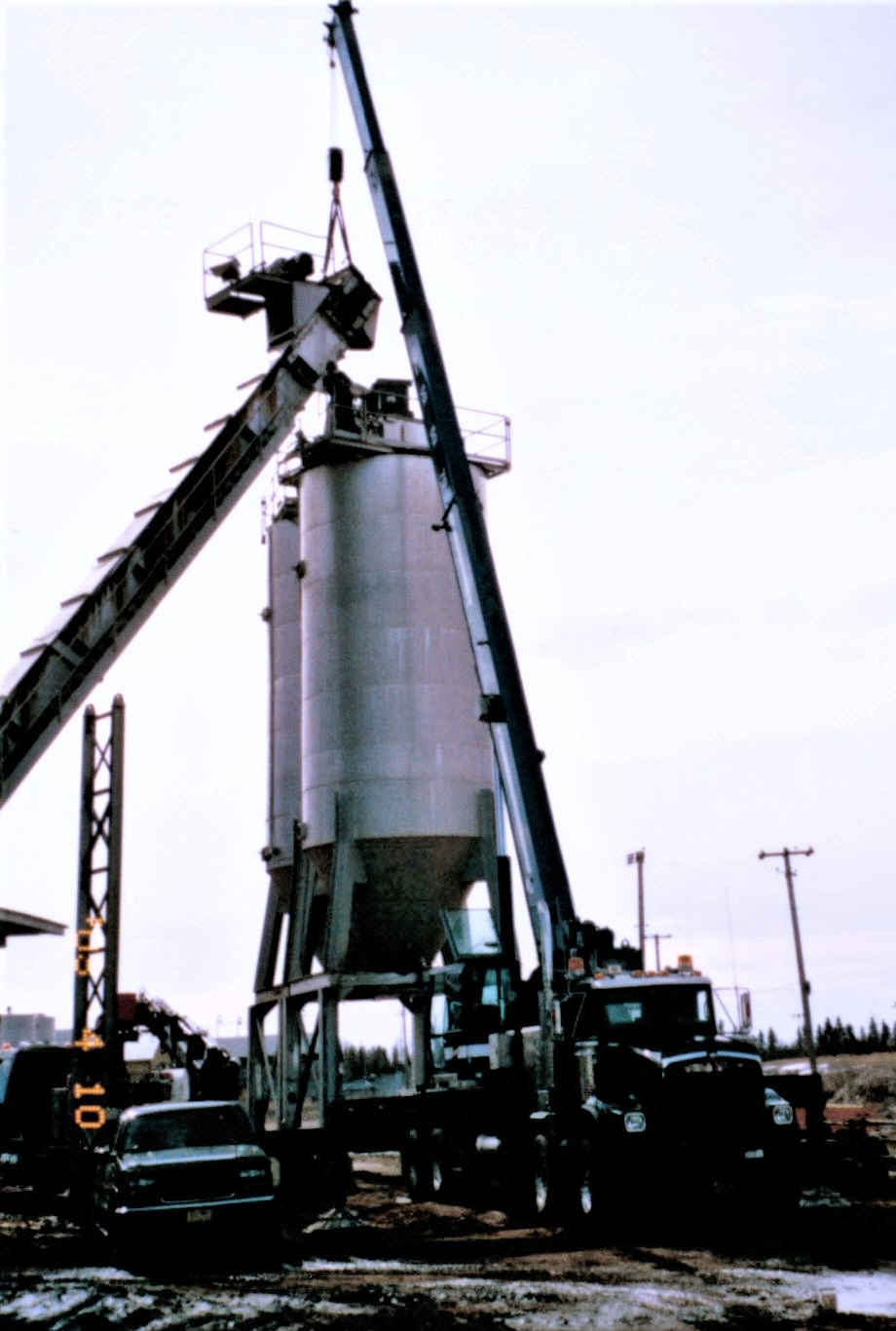 2004 assembling OF ASPHALT CONVEYOR with 42 ton