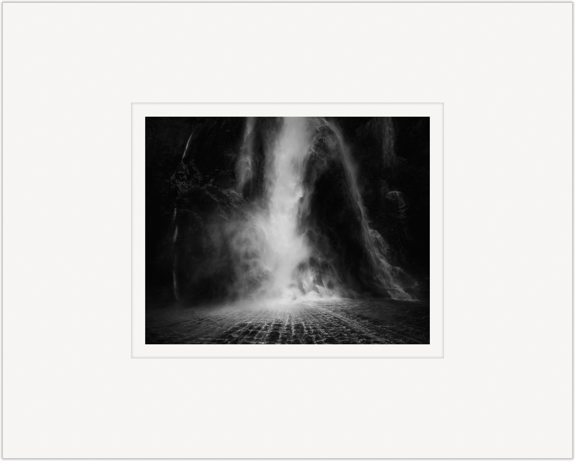 Stirling Falls   20cm x 25cm Photo Paper Limited Edition of 99   IDR 799,000