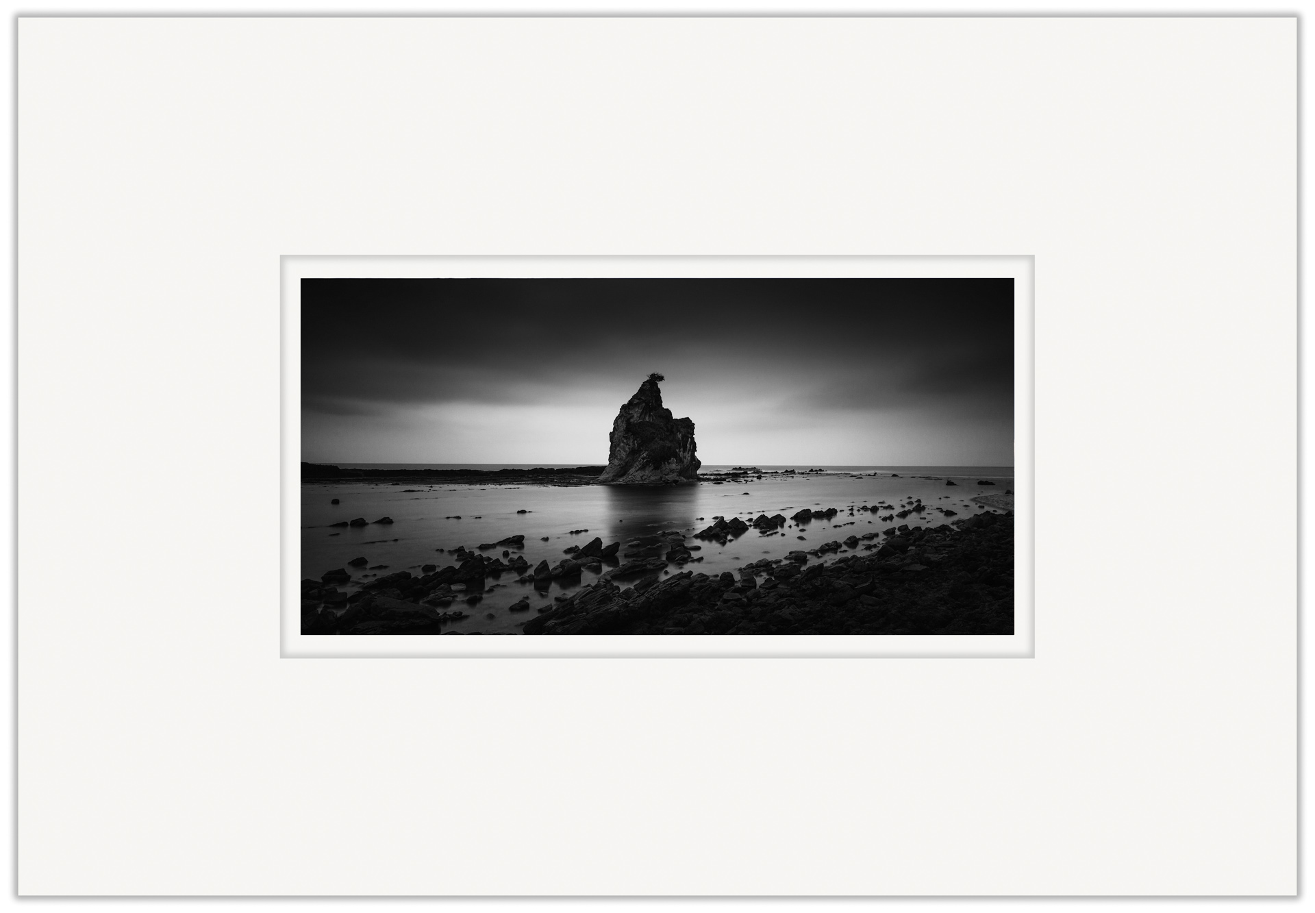 Black Sail   20cm x 40cm Photo Paper Limited Edition of 99   IDR 1,399,000