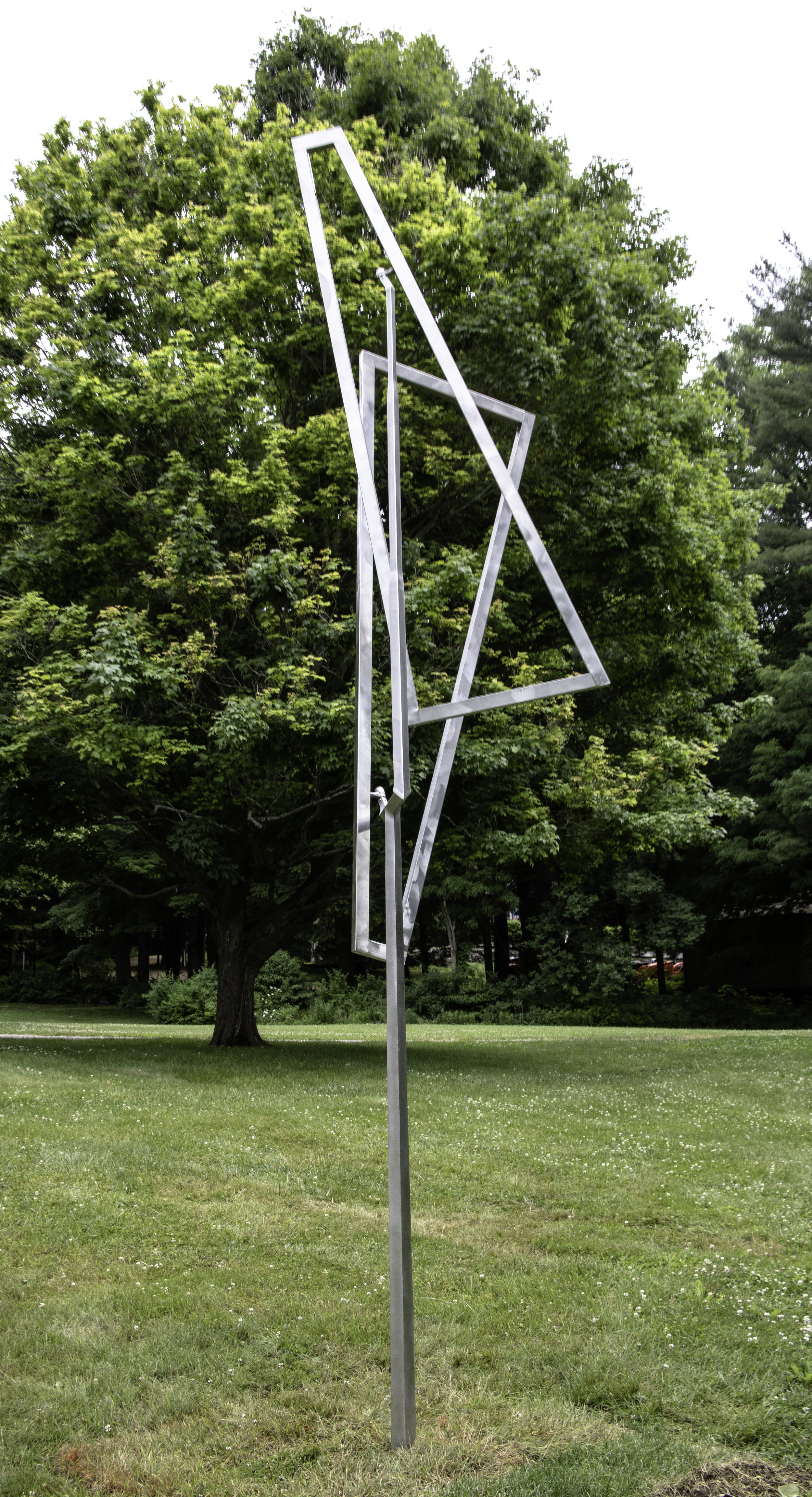 George Rickey Open Trapezoids Excentric One Up One Down Variation V, 1984.jpg
