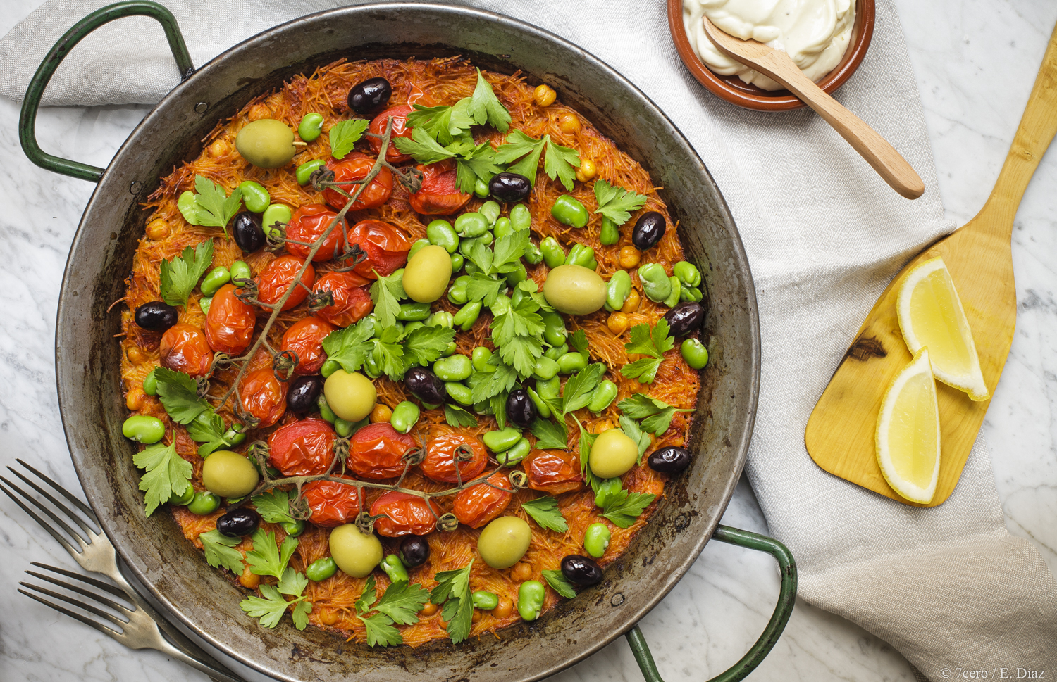 A lazy one pot meal you can eat straight from the pan, I mean, what more could you ask for?