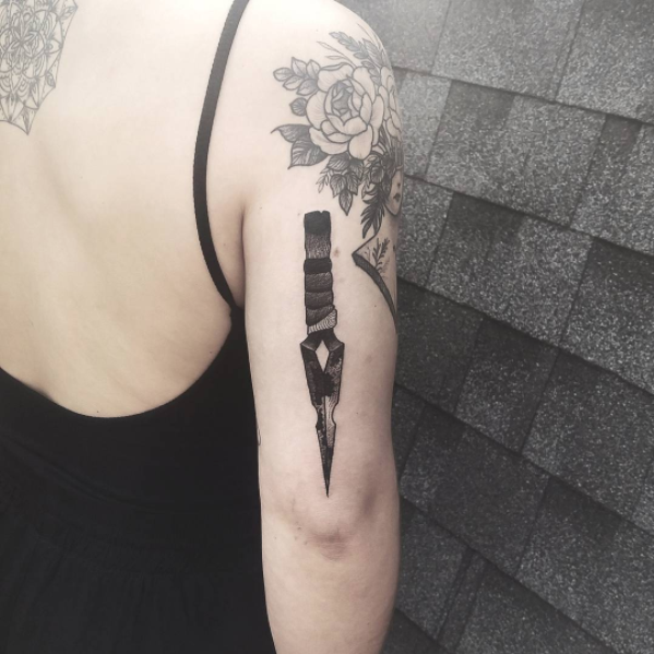 Blackwork Knife Tattoo by Katt