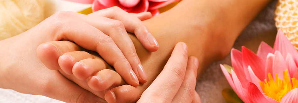 Feet-Massage-3329344.jpg