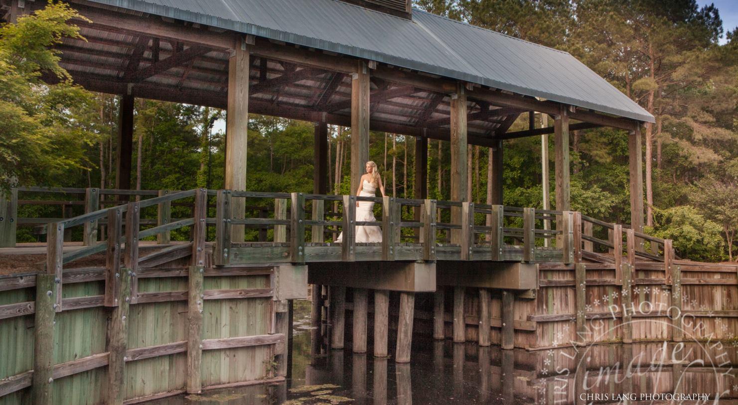 river-landing-wallace-bridal-portraits.jpg