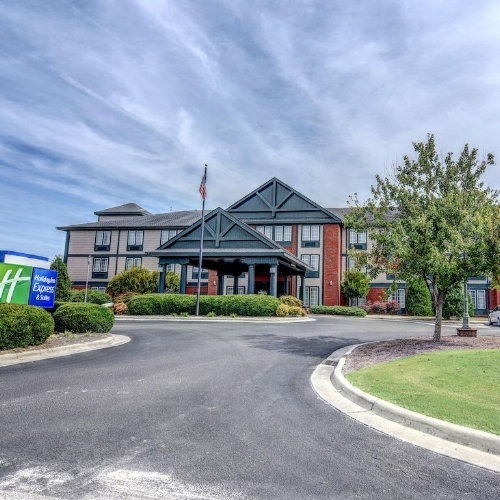 Holiday Inn Express -