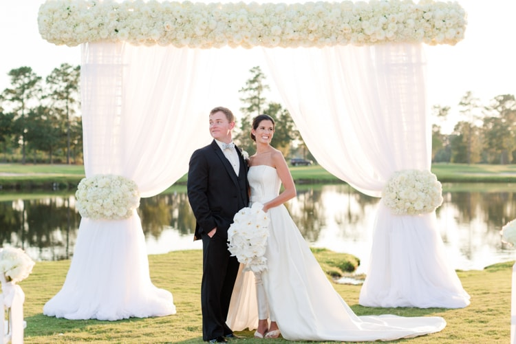 river-landing-north-carolina-classic-wedding-inspiration.jpg