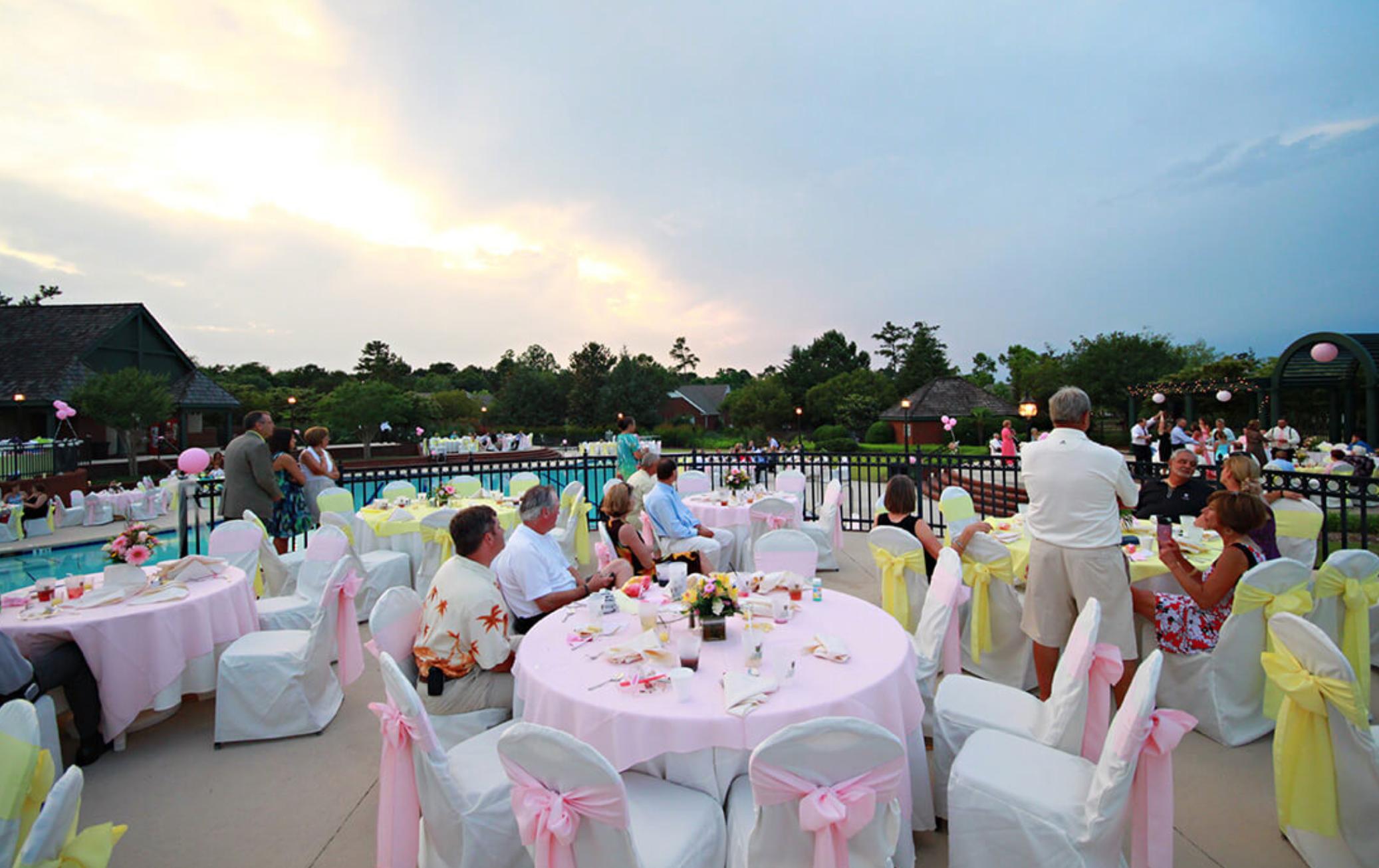 river-landing-wallace-poolside-wedding.jpg