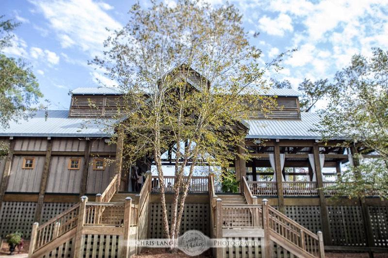 Lodgefront.jpg