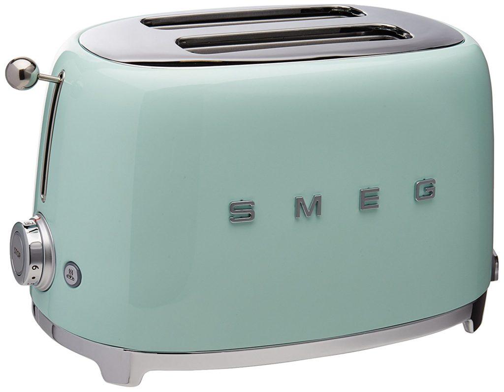 SMEG-toaster-river-landing-custom-home.jpg