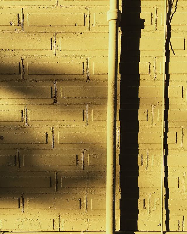 Yellow. . . . #arch #archi #archilover #archilovers #architecture #architecturephotography #gominimalmag #interiordesigner #minimablu #minimalmonday #design #designer #realgoodmag #shootoffnovember #inspo #minimalism42 #okcalmcollective #fndit #thisaintartschool #photographer #designphotography #inspirationphotography #texture #textural #historicalarchitecture #historicalbuilding #rsa_minimal #lookupotd #arkiminimal