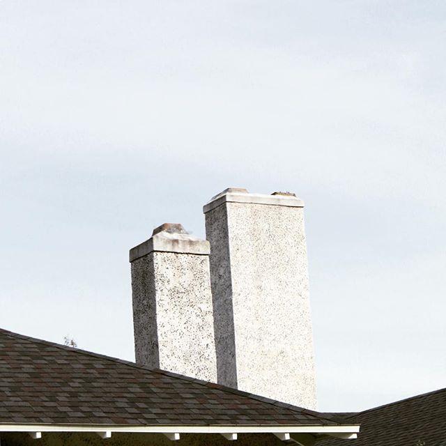 Chimney pt2 . . . #arch #archi #archilover #archilovers #architecture #architecturephotography #gominimalmag #interiordesigner #minimablu #minimalmonday #design #designer #realgoodmag #inspo #minimalism42 #okcalmcollective #fndit #thisaintartschool #photographer #designphotography #inspirationphotography #texture #textural #historicalarchitecture #historicalbuilding #rsa_minimal #lookupotd #arkiminimal