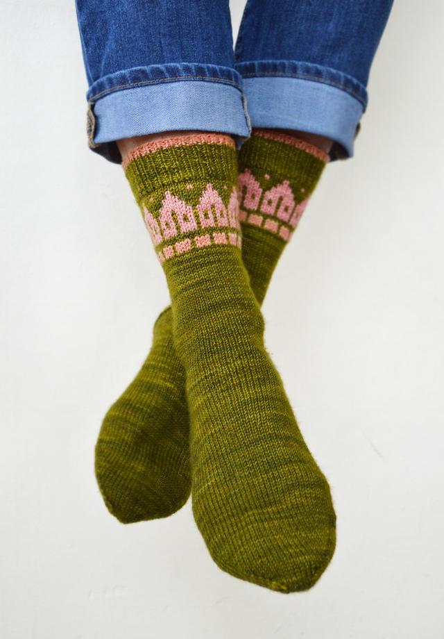 Rowhouse Socks_72_3.jpg