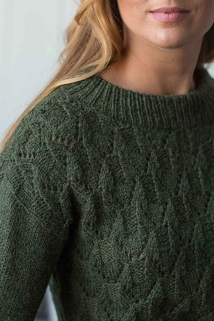 EvergreenMountainPullover_02_medium2.jpg