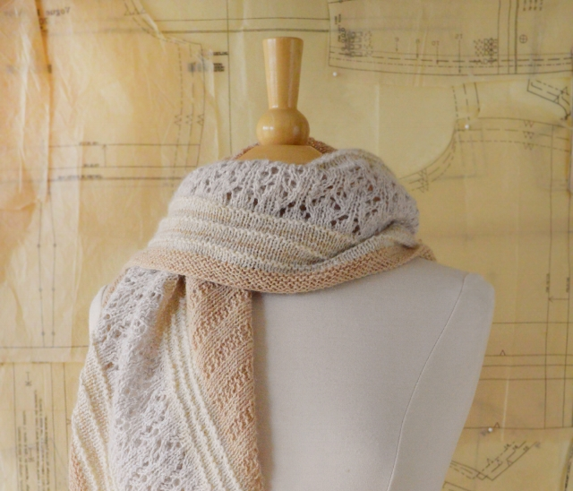 About Town Shawl_72_6.jpg