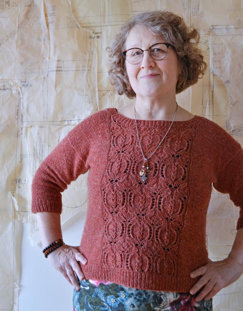 Pom2 Pullover by Bonnie Sennott