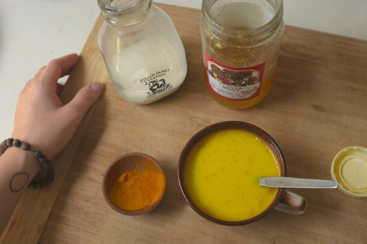 golden-milk-2-e1424970833101.jpg