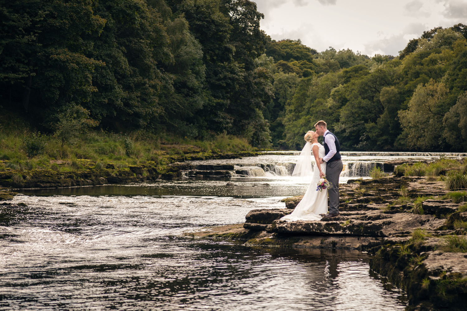 swift package - £650Creative & Flexible coverage of your unique day- Four hours coverage- Approximately 200+ Photos- Photos delivered via a download link- 30 images in a slideshow video & smart phone App- Full printing rights, meaning you can re-print and share your photos from your big day whenever and wherever you wish- Personalised online gallery with all the official photos that can be shared with friends and family.Click Here to View Swift Package Gallery