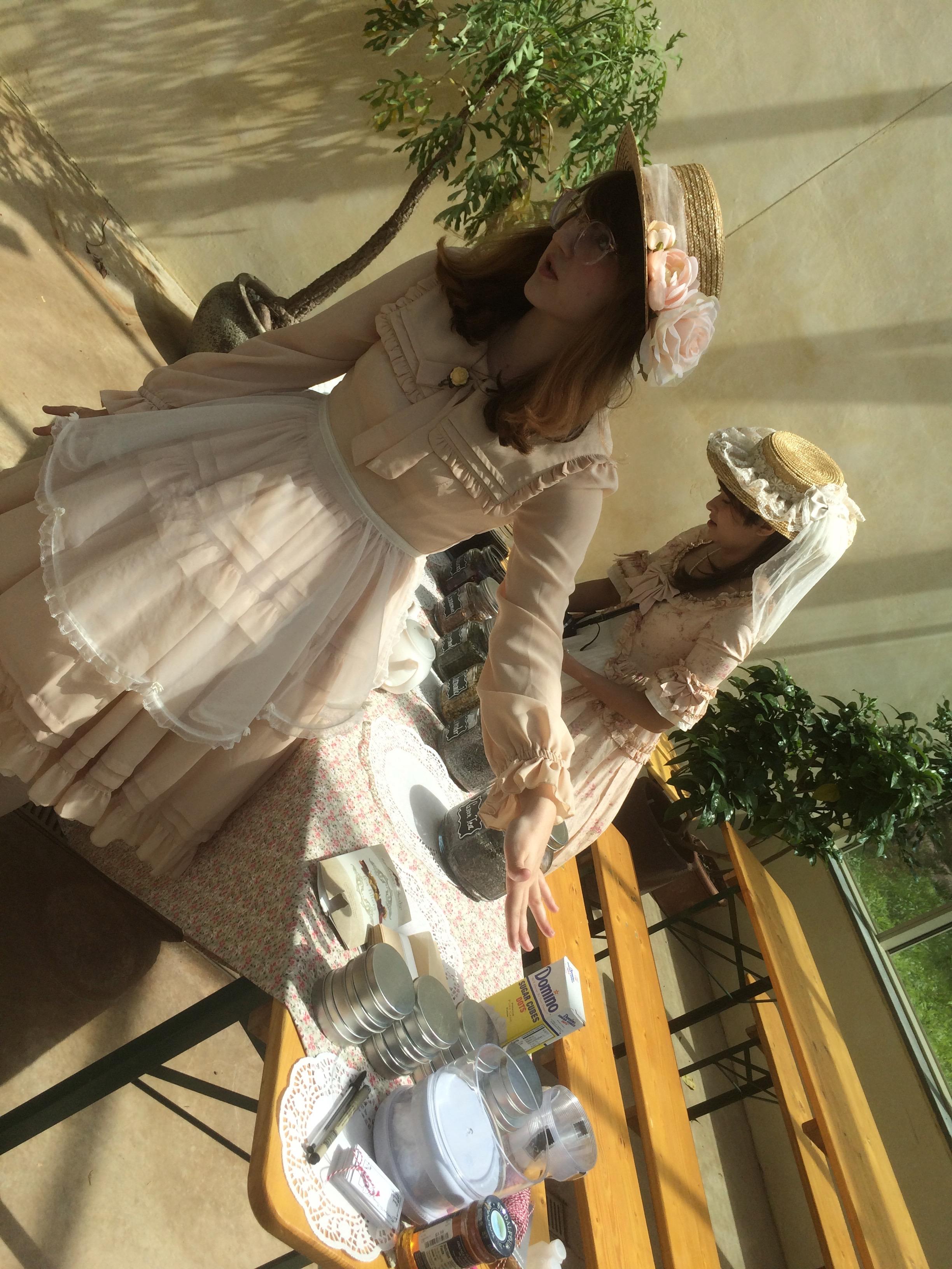Tea Blending Party with Frilladelphia