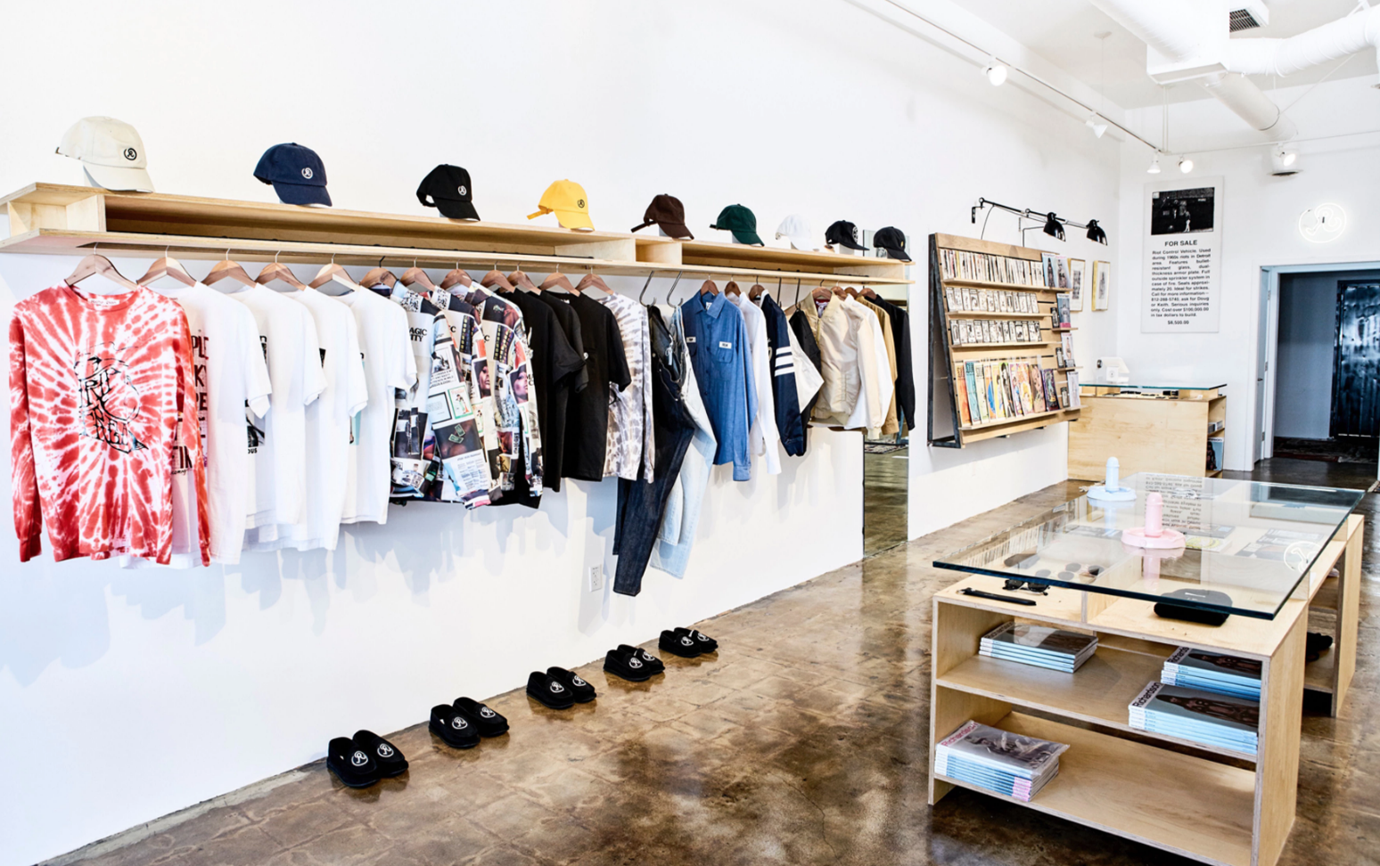 Richardson - Richardson is a a high-end boutique with a provocative mix of streetwear.https://www.richardsonshop.com/📍8044.5 West 3rd St, Los Angeles, CA 90048