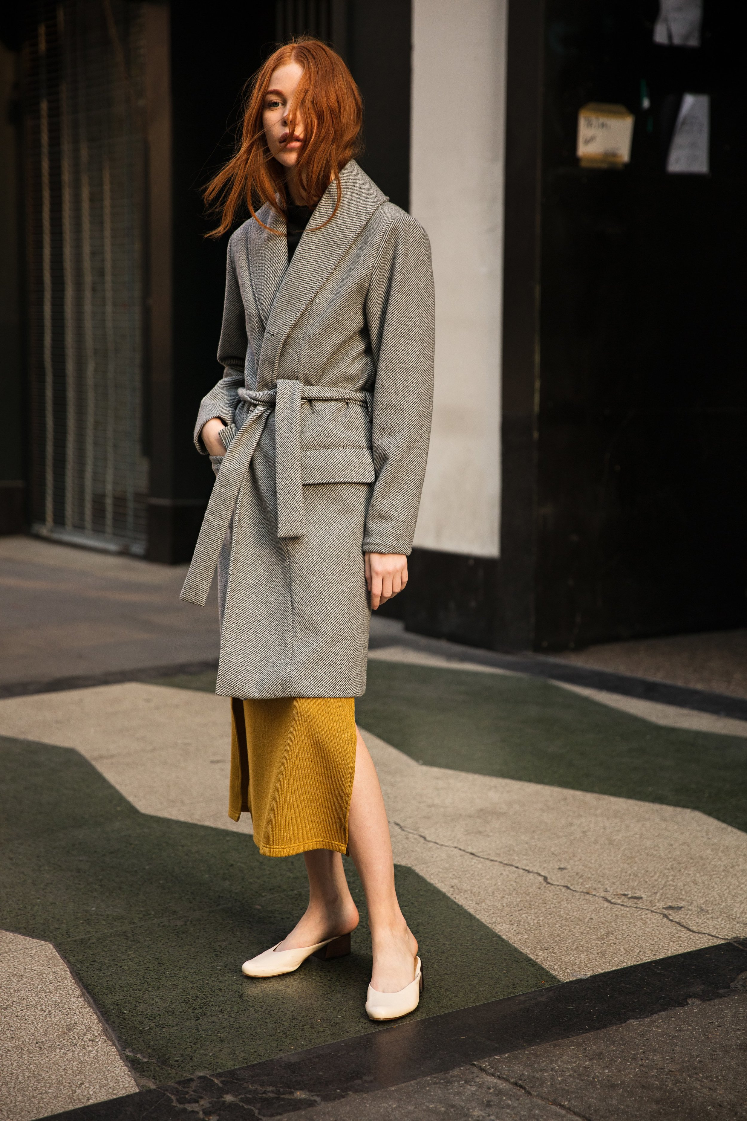 ROBE COAT - BLACK AND WHITE WOOL TWILL