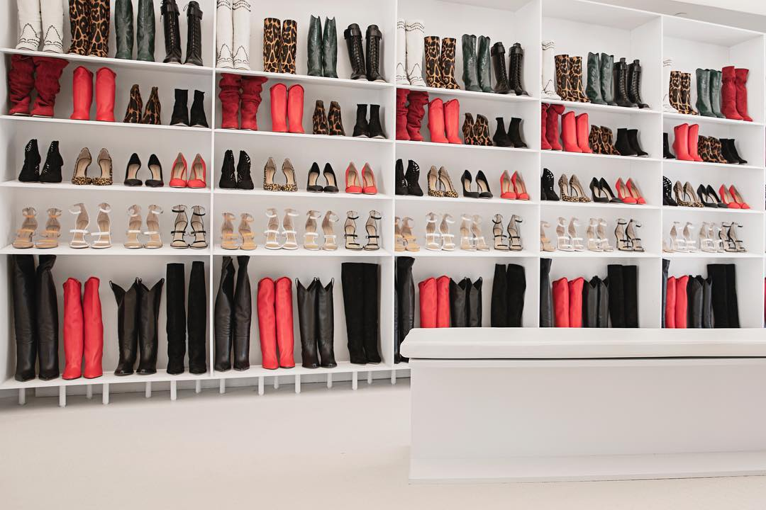 TAMARA MELLON - New rules. New luxury. New Shoes. Mostly carries heels, boots, and sandals.Pacific Palisades, CA