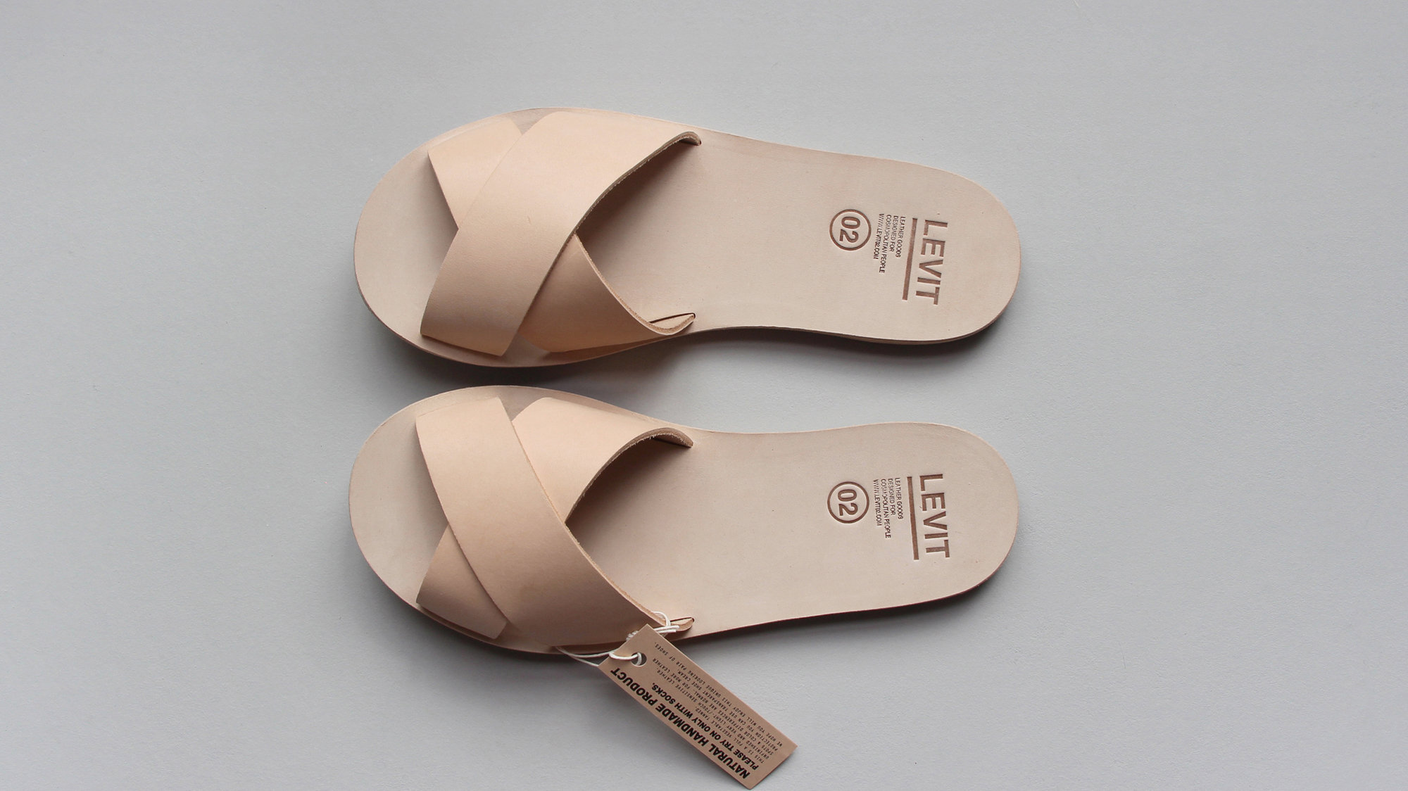 Levit 02 - JO Nude / $189Simple, easy, classic and did we mention Levit 02 is unisex?!