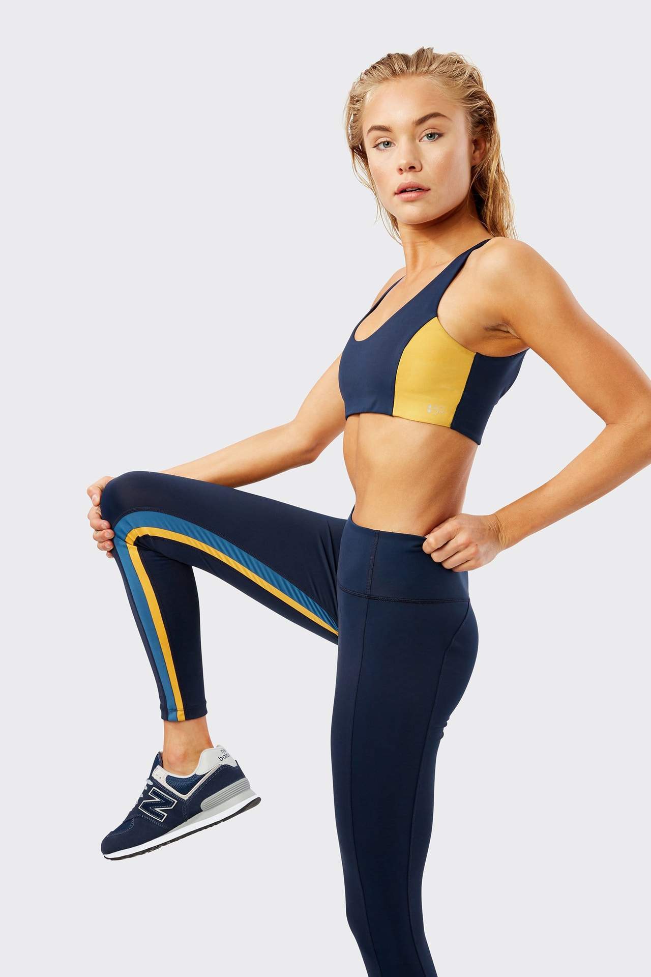 SPLITS59 - Aerial 7/8 Legging / $104.00The racing stripe on the inner leg makes these leggings stand out from the crowd.