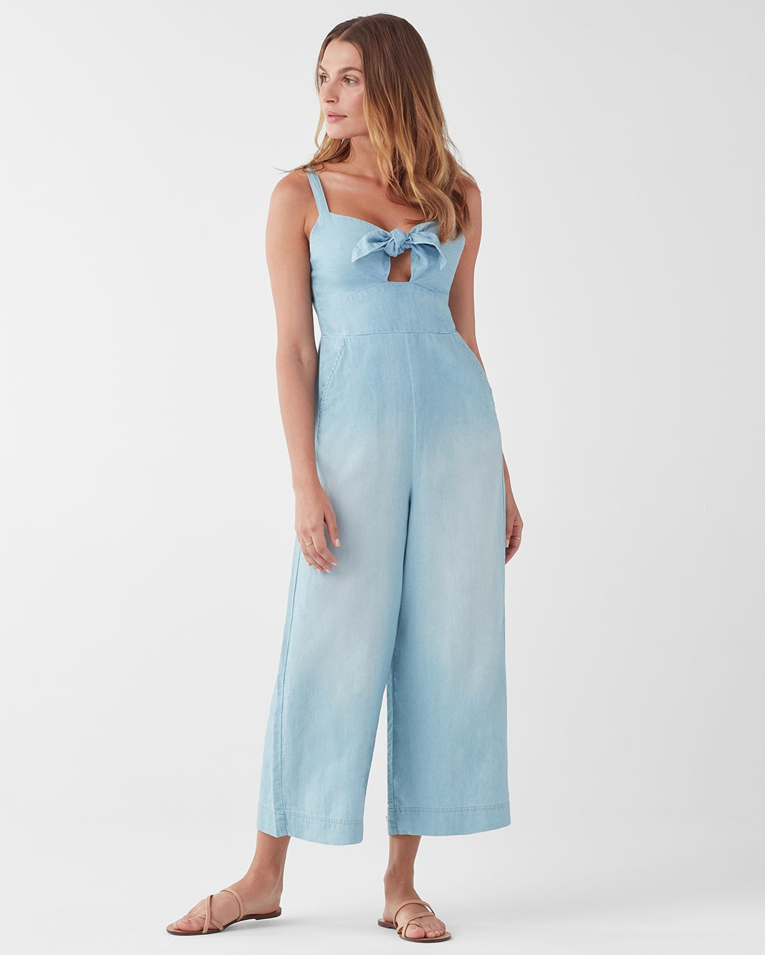 Splendid - Luau Tie Front Jumpsuit / $178.00Too hot to think of an outfit? This jumpsuit is the perfect throw on piece (and it's made out of a cotton, linen, and Tencel blend)