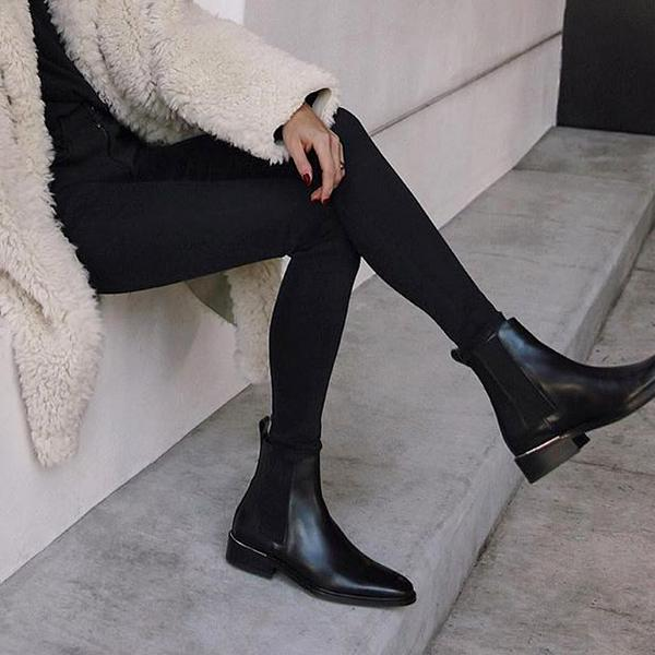 essen the label - The New Classic / $304Just as its name suggests, this boot will become your new classic, go-to black booties this season. And because they only function in a pre-order model, they reduce their carbon footprint and create no waste.