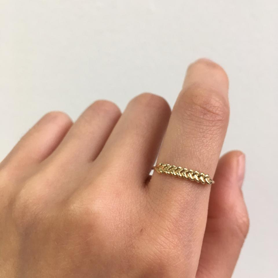 jennie kwon designs - Braided Ring / $238The perfect stackable ring made from ethically sourced, fairmined, and fairtrade gold by a team of all women in LA.