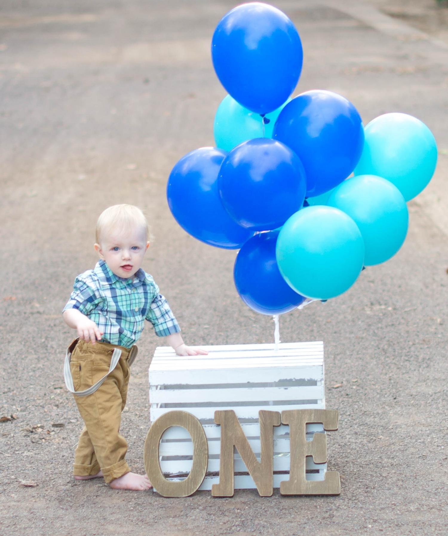 baby_boy_birthday_shoot.jpg