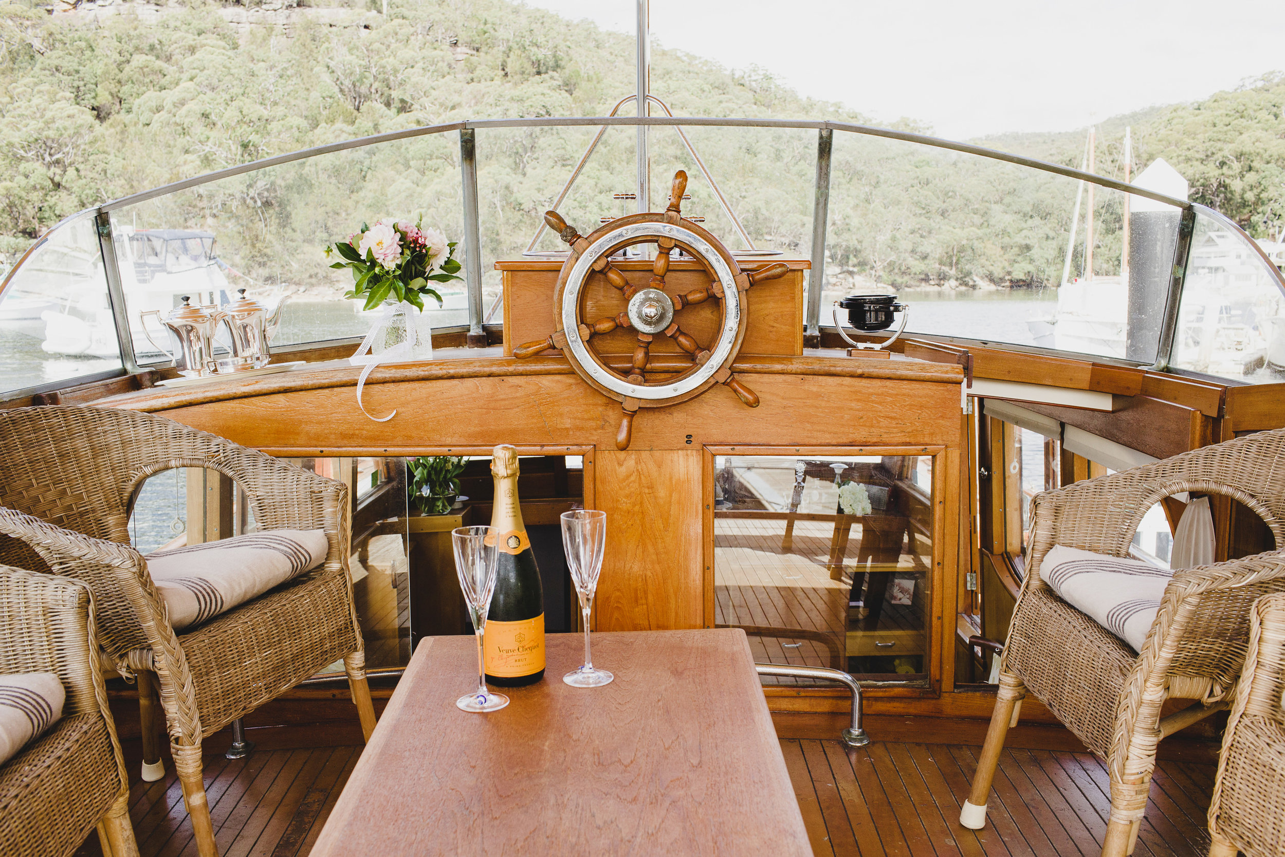 07 The bridge deck aboard MV Kalinda. Photo Sydney Classic Boat Charters.jpg
