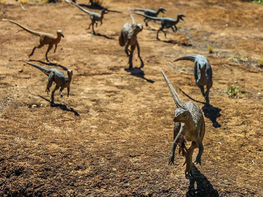 Dinosaur-Stampede,-fleeing-dinosaurs.jpg